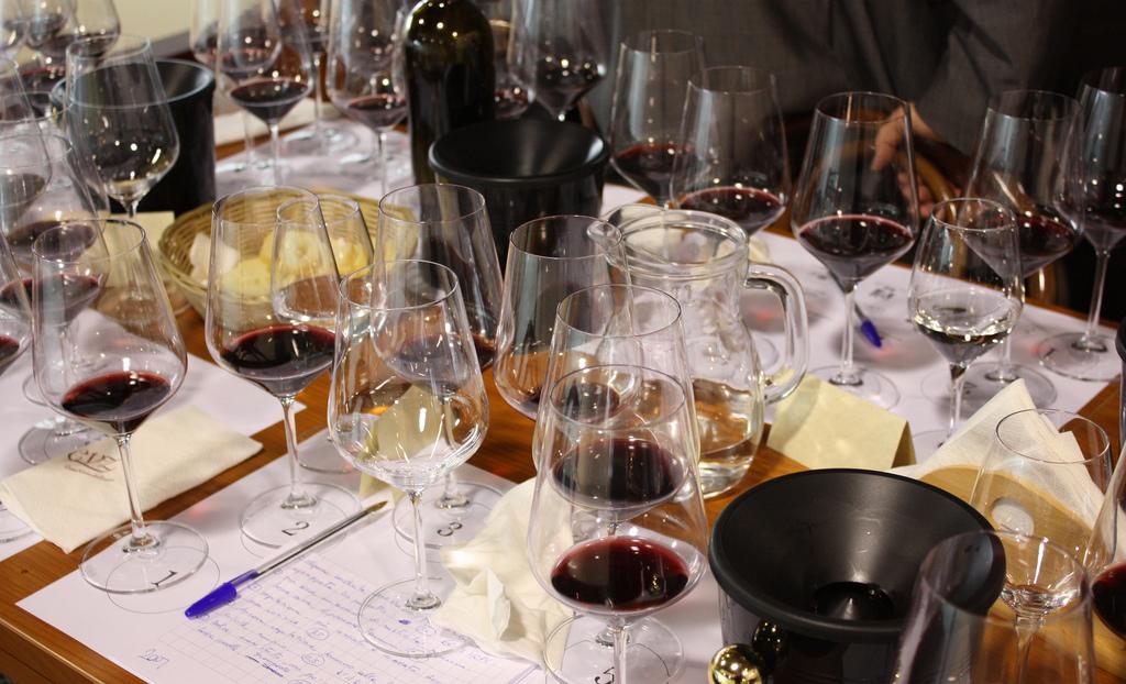 degustazione vino con appunti