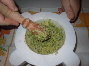 marò di fave, una salsa da mortaio ligure poco conosciuta